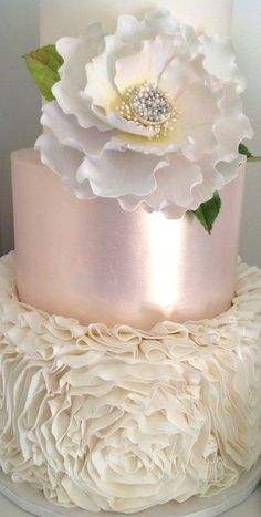 So gorgeous! #wedding #weddingcake #white #pink #cake #metallic