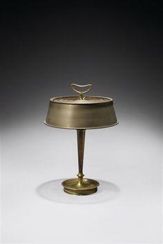 Lampe bouillote par Gilbert Poillerat et André Arbus