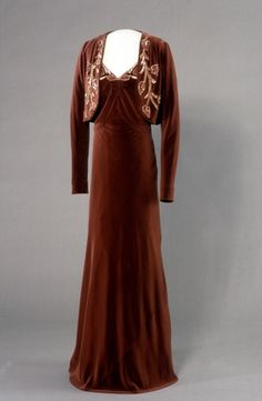 Evening Dress (image 1) | House of Worth | England; London | 1937 | velvet, silk, satin, sequins | The National Museum of Art, Architecture and Design | Identifier: OK-1991-0188A