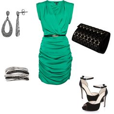 I love this emerald green color....beautiful