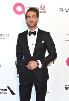 Jon Kortajarena Photos - Jon Kortajarena attends the 26th annual Elton John AIDS Foundation's Academy Awards Viewing Party at The City of West Hollywood Park on March 4, 2018 in West Hollywood, California. - Jon Kortajarena Photos - 2 of 257