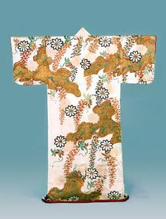Kosode with design of wisteria, pine trees and craggy rocks Dyeing and embroidery on white figured silk satin(rinzu)