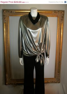 NOW ON SALE Vintage 1980's Carry Back Silver by thebazarhome, $23.20