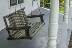 Oh, the wonderful times in my childhood in the spent on the porch swing on the wide and sheltering front porch at Grandma's house! Swing Pictures, Bench Swing, Hammock Swing, Swing Design, New Home Builders, Summer Is Here, Summer Time, Stylus, Farm Life