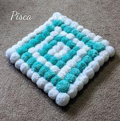 Pom pom rug, nursery decoration, bathroom mat, bath rug, home decor, housewarming gift, handmade rug, soft yarn rug, living room carpet