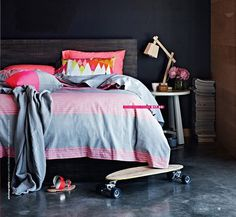 I would love a gray and neon pink quilt for my bed...my husband would not! (Poppytalk)