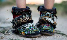 customized booties >>Madame de Rosa