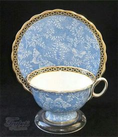 A cornflower blue porcelain cup and saucer set like my sister collects. Tea always tastes better when served with a proper saucer. China Cups And Saucers, Teapots And Cups, China Tea Cups, Green Tea Cups, My Cup Of Tea, Vintage China, Vintage Teacups, Antique Tea Cups, Antique China