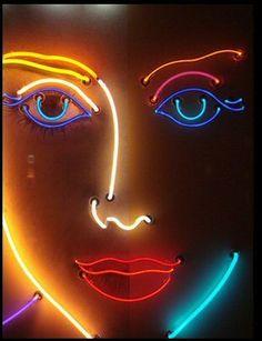 neon Nous sommes aussi sur Linkedin fr/linkedin.com/in/opascal/