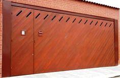 Portão de Madeira EP-303 pode ser revistido com madeira ipê ou jatoba no desenho vertical, diagonal, espinha de peixe ou losango (assoalho, deck ou lambril).