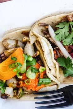 LA: Guerilla tacos food truck