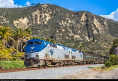 Amtrak #14, the Northbound Coast Starlight: Amtrak 78 Amtrak GE P42DC at Ventura, California by Chris Mohs