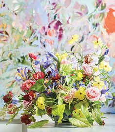 Floral Styling with Amaryllis Amaryllis Arrangements - Amaryllis Flowers - Flower Magazine Hydrangea Arrangements, Church Flower Arrangements, Floral Centerpieces, Floral Style, Floral Design, Growing Orchids, Large Flowers, Colorful Flowers, Pansies