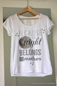 La Sottile Linea Rosa: [Momlife] E' notte alta e sono sveglia…Mammamatta . Mom And Dad, Bb, Dads, T Shirt, Women, Style, Fashion, Supreme T Shirt, Swag