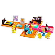 Join the world's cutest collectibles, Mini MixieQ's, at their awesome Neon…✔
