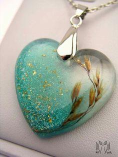 Bildergebnis für hearts in resin jewellery