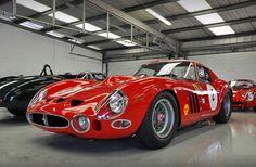 Ferrari GTO-The pure automotive expression of the 60's #lamborghinivintagecars