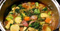 Υλικά 3 κρεμμύδια 3 σκ. Σκόρδο 3 κολοκυθάκια 3 καρότα Μισό ματσάκι μαϊντανό Μισό ματσάκι άνηθο 2 κλωνάρια σέλερι 1 κ.γ. πάπρικα... Sprouts, Cooking Recipes, Beef, Vegetables, Greek Quotes, Food, Drinks, Tips, Meat