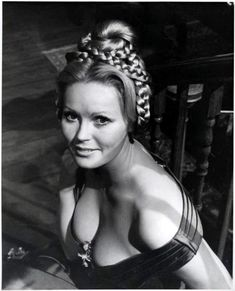 Veronica Carlson is an English model and actress. She starred in a number of Hammer films. Hammer Movie, Hammer Horror Films, Hammer Films, Sexy Horror, Classic Horror Movies, Marilyn Monroe Photos, Actrices Hollywood, Classic Actresses, Beautiful Actresses