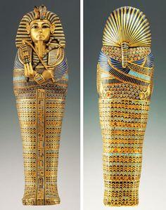 ataúdes en miniatura canopos encontrados en la tumba de Tutankamón - contenían el hígado del faraón