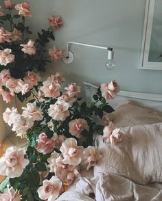 Secret garden + flower play day with and ✨ Flower Aesthetic, Pink Aesthetic, Plants Are Friends, My Flower, Pink Roses, Planting Flowers, Beautiful Flowers, White Flowers, Floral Wreath