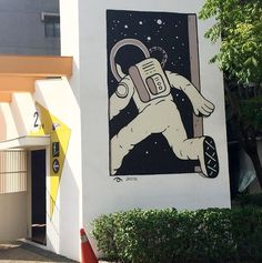 by Muretz in Taipei, Taiwan, 10/16 (LP)