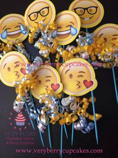 6 Emoji Faces/Emoji party by VeryberryCupcakes on Etsy