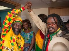 Thousands of fans headed out to the Clark County Amphitheatre this past weekend for the 12th Annual Reggae in the Desert festival featuring Steel Pulse, Luciano, Capleton, Marcia Griffiths and The Green, among others (Pictured: Capleton and Luciano – Photo credit: PhotoFM.com).
