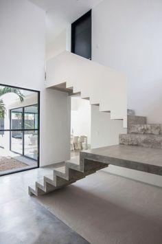 96 Ideen zum Treppenhaus gestalten-Raumkonturen betonen