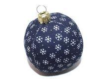 Weihnachtskugel Kugel Schneeflocken blau weiß
