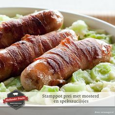 Dit is zo'n gerechtje dat je de komende dagen zeker een keer moet proberen, gewoon een lekker stamppotje. Maar dan met een twist...  Recept: Stamppot prei met mosterd en speksaucijsjes.    #recept #recepten #recipe #bacon #ham #varkensvlees #eten #food #recipeideas #foodinspiration  Op zoek naar andere recepten? > http://bit.ly/RPrecepten