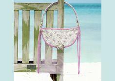 Aprenda a fazer uma linda bolsa de praia para os momentos casuais da vida! Vamos te mostrar uma dica