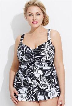 Avenue Plus Size Palm Floral Swim Top, Black White 20 Avenue. $60.00