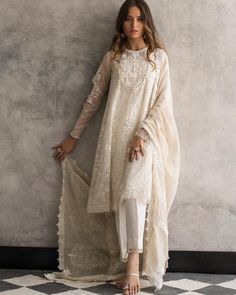 Beautiful white organza 3 piece stitched dress by Nida Azwer traditional embroidered dresses 2018 - Online Shopping in Pakistan Pakistani Dress Design, Pakistani Outfits, Pakistani White Dress, Pakistani Fashion Casual, Indian Attire, Indian Ethnic Wear, Indian Wedding Outfits, Indian Outfits, Indian Reception Outfit