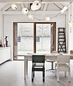 A 1900'S BARN TURNED INTO THE MOST ADORABLE QUIRKY DUTCH HOME.