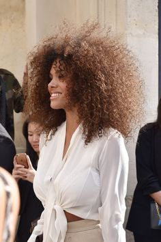 Tina Kunakey is seen arriving at Dior fashion show during Paris Fashion Week Womenswear Spring/Summer 2018 on September 2017 in Paris, France. Get premium, high resolution news photos at Getty Images Fine Curly Hair, Curly Hair Tips, Curly Hair Styles, Natural Hair Styles, Tina Kunakey, Formal Hairstyles For Long Hair, Wedding Hairstyles, Cool Street Fashion, Paris Fashion