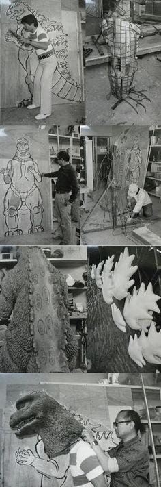 Godzilla 1984, Godzilla Suit, Godzilla Tattoo, Movie Props, Movie Tv, Japanese Show, Cool Monsters, Kings Man, Old Tv