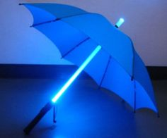 Stay dry and lit up with this LED Light Up Umbrella. This umbrella features an LED shaft that lights up with multiple colors. At 36 inches long this light up umbrella is perfect for rainy nights or to put together a Blade Runner style costume.