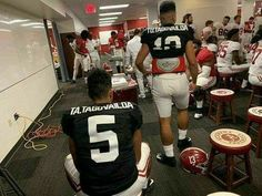 Alabama Football Team, Crimson Tide Football, University Of Alabama, Alabama Crimson Tide, Football Fans, Bama Fever, Roll Tide, Mens Fashion, Urban