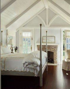 Cottage bedroom.  #white #masterbedroom