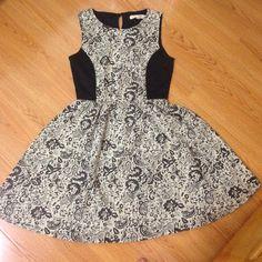 Rewind pattern dress Never worn. Flowers pattern dress. Rewind Dresses