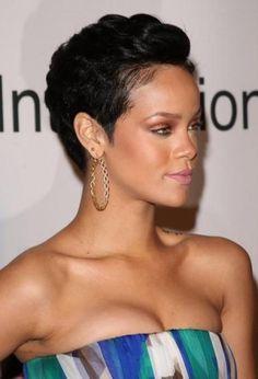 Naturel Court, Court Recherche, Bestess Tresses, Cheveux Black, Coiffures Afro, Coupe, Rihanna Coiffures Courtes, Les Femmes Noires Coiffures Courtes,