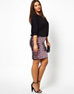 Imagen 4 de Vestido con top estilo blusón y falda de lentejuelas exclusivo de ASOS CURVE