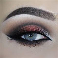 //Elegant Eyes @shreysomaiya