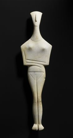 "mini-girlz: "" Female idol - Early Cycladic 2700 - 2300 BC "" Wow she looks likes a modern art sculpture."