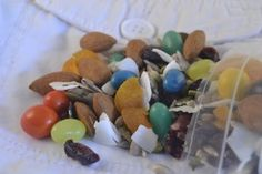 Try this pocket friendly trail mix for a tasty, nutritious and energy rich hiking snack! Why is it pocket friendly? Trail Mix Recipes, Healthy Holiday Recipes, Registered Dietitian, Cook At Home, Nutritious Meals, Family Meals, Healthy Eating, Hiking, Tasty