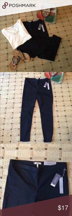 NWT Jennifer Lopez Jean Jeggings, 16 New with Tags JLo Jean Jeggings 66% cotton 31% polyester 3% spandex. Two flat back pockets, tapered to ankle. Jennifer Lopez Jeans Ankle & Cropped