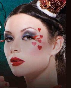Fantasy Makeup | She12: Girls Beauty Salon – Fantasy eye makeup 1