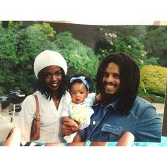 Lauryn Hill and Rohan Marley and their daughter Selah
