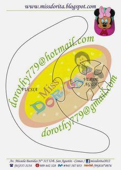 Este es el molde del video Como hacer Gorra de Minnie, Goma Eva, Microporoso, este modelo es distinto al anterior y en la fiesta de tus niño... Mickey E Minie, Mickey Mouse, Felt Crafts, Diy And Crafts, Disney Plush, Paper Piecing Patterns, Lightning Mcqueen, Paper Decorations, Party Hats